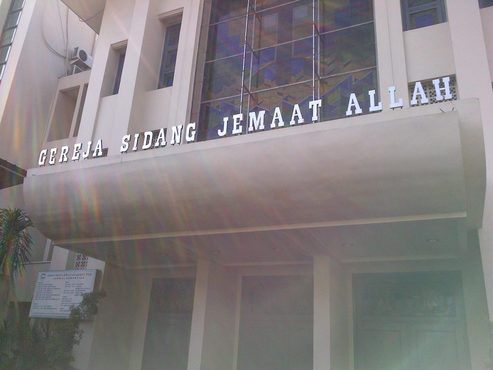 Image result for gereja yang menggunakan nama Allah di Indonesia
